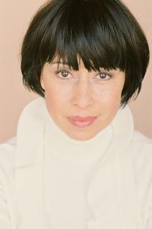 Claudette Roche