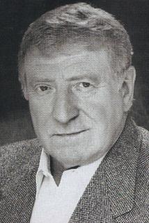 Clive Revill