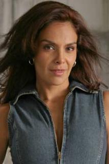 Gloria Peralta