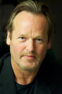 James Ralph