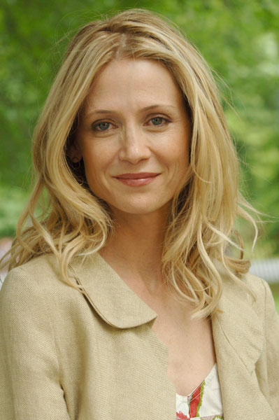 Kelly Rowan - Wallpapers