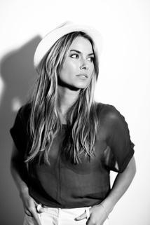 Nicole Taylor