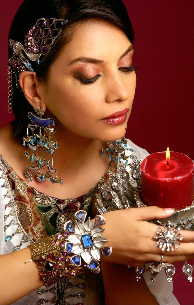Shabana Azmi Hot Pics