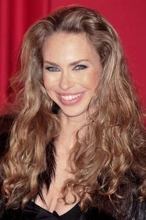 Yvonne Sciò