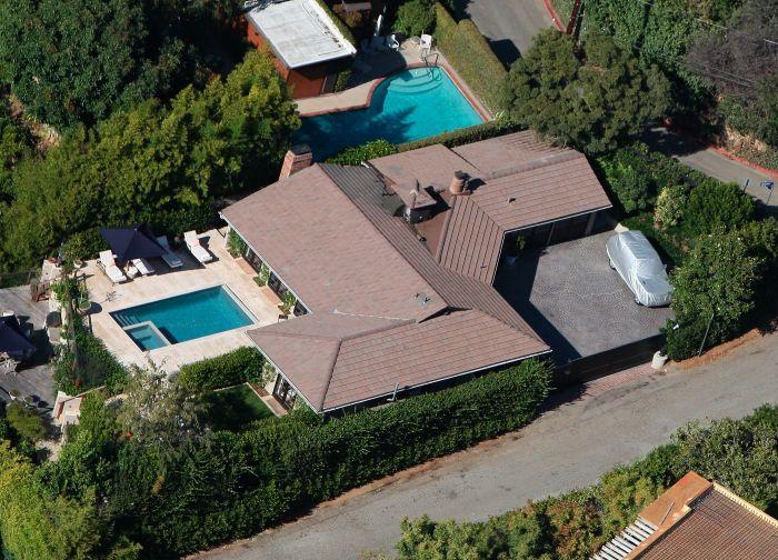Pronajmutý dům Aniston a Therouxe