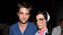 Robert Pattinson a Katy Perry vyrazili na hudební festival