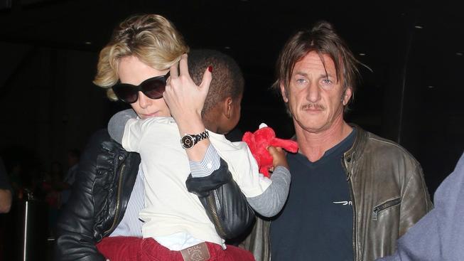 Sean Penn a Charlie Theron
