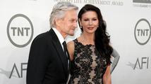 Catherine Zeta-Jones a Michael Douglas poděkovali lékařům, kteří slavnému herci zachránili život