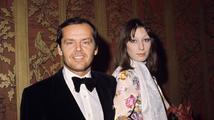 "Anjelica Huston: ""Nicholsonovi fanoušci mi vadili víc než fanynky!"""