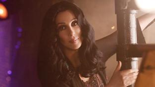 Cher čelí obvinění z rasismu