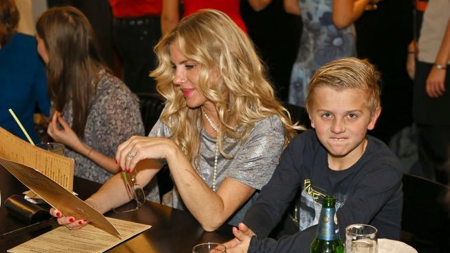 Leona Machálková a syn