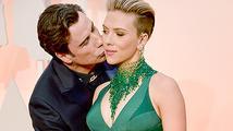 Oscaři 2015: Scarlett Johansson se zastala Johna Travolty