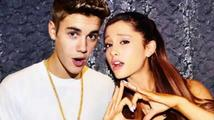 Justin Bieber vystoupil s Arianou Grande… a zapomněl text