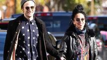 Robert Pattinson a FKA twigs se údajně zasnoubili