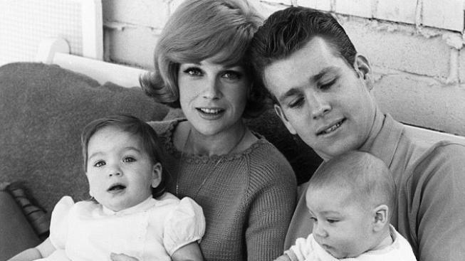 Ryan O'Neal, Joanna Moore a děti