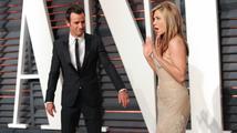 Rozzuřená Jennifer Aniston odvolala zasnoubení! Theroux ji prý podvedl