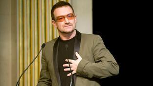 Bono Vox se stal nejbohatší popovou hvězdou na cestě. Díky Facebooku