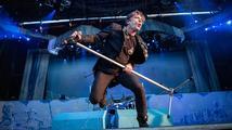 Zpěvák skupiny Iron Maiden porazil rakovinu. Tvrdí, že mu jí způsobila přemíra orálního sexu