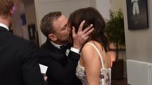 Premiéra nové bondovky Spectre: Craig se muchloval s manželkou, vévodkyně Kate dorazila bez podprsenky