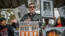 Quentin Tarantino odmítl nařčení, že považuje policisty za vrahy