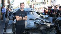 Režisér Zack Snyder: 'Ben Affleck je jako Batman až směšně perfektní!'