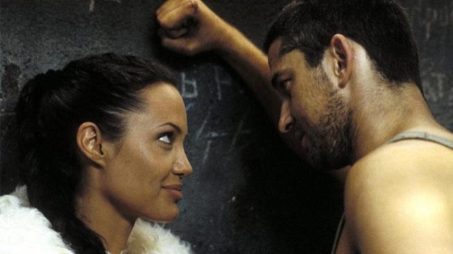 Lara Croft - Tomb Raider: Kolébka života (Angelina Jolie, Gerard Butler)