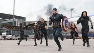 Filmové premiéry: Tým superhrdinů a bizarní koníček