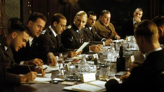 Konference ve Wannsee - Stanley Tucci, Kenneth Branagh, Ian McNeice