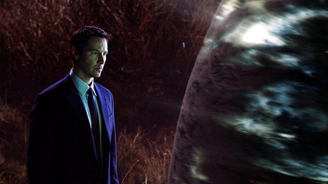 Keanu Reeves ve filmu Den, kdy se zastavila Země