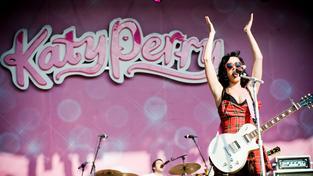 Nejlepší klipy od dnešní oslavenkyně Katy Perry
