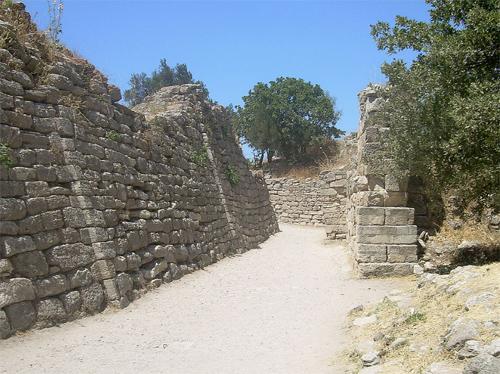 Trojské hradby