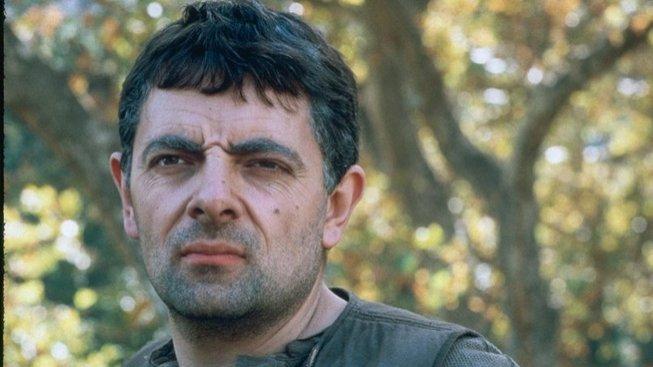 Rowan Atkinson ve filmu Žhavé výstřely 2