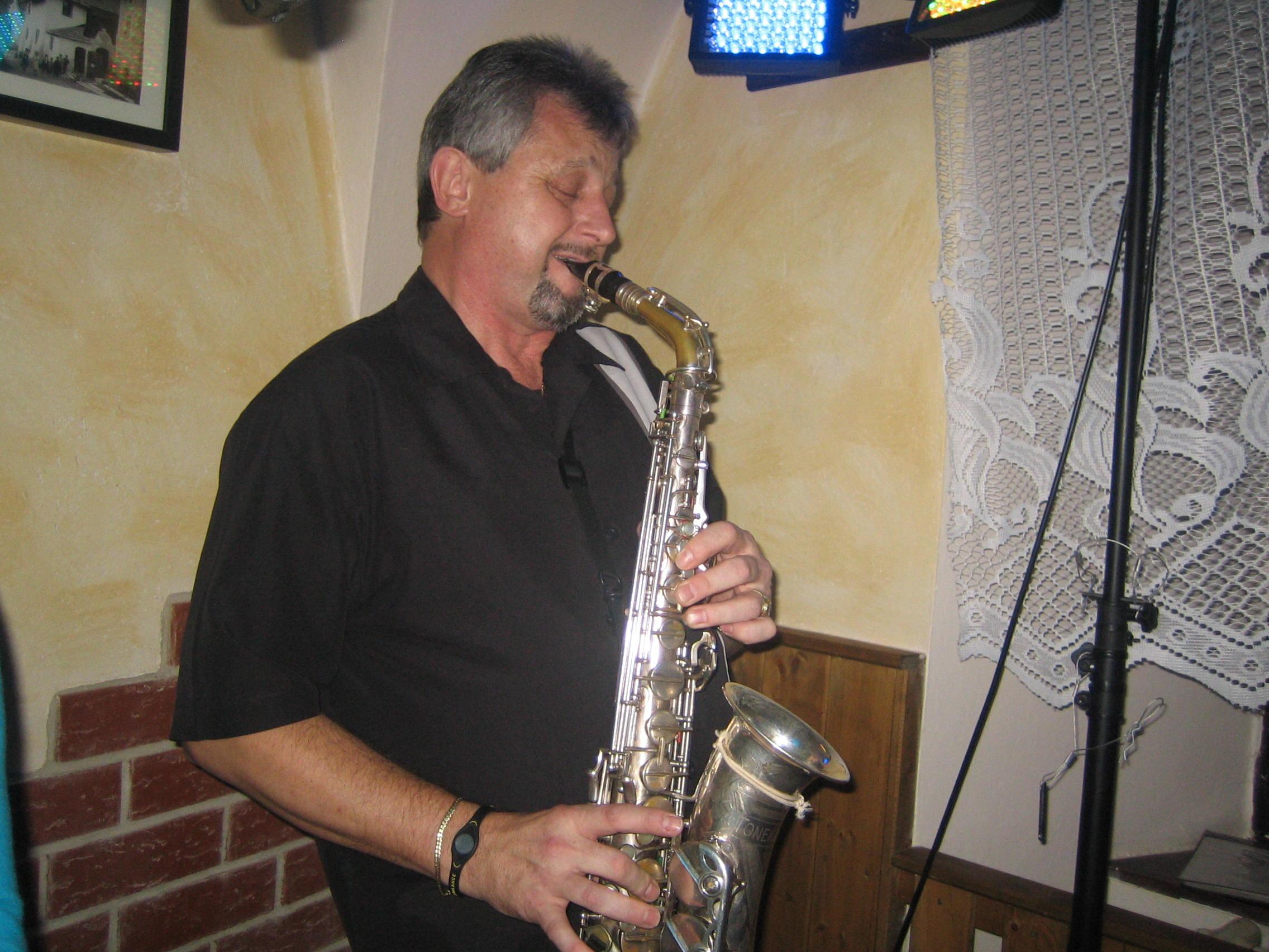 Allegro band