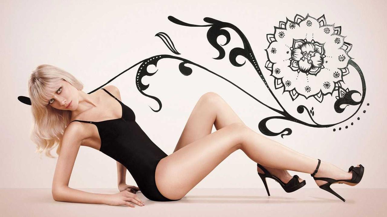 Ana Claudia Michels - Photo Set