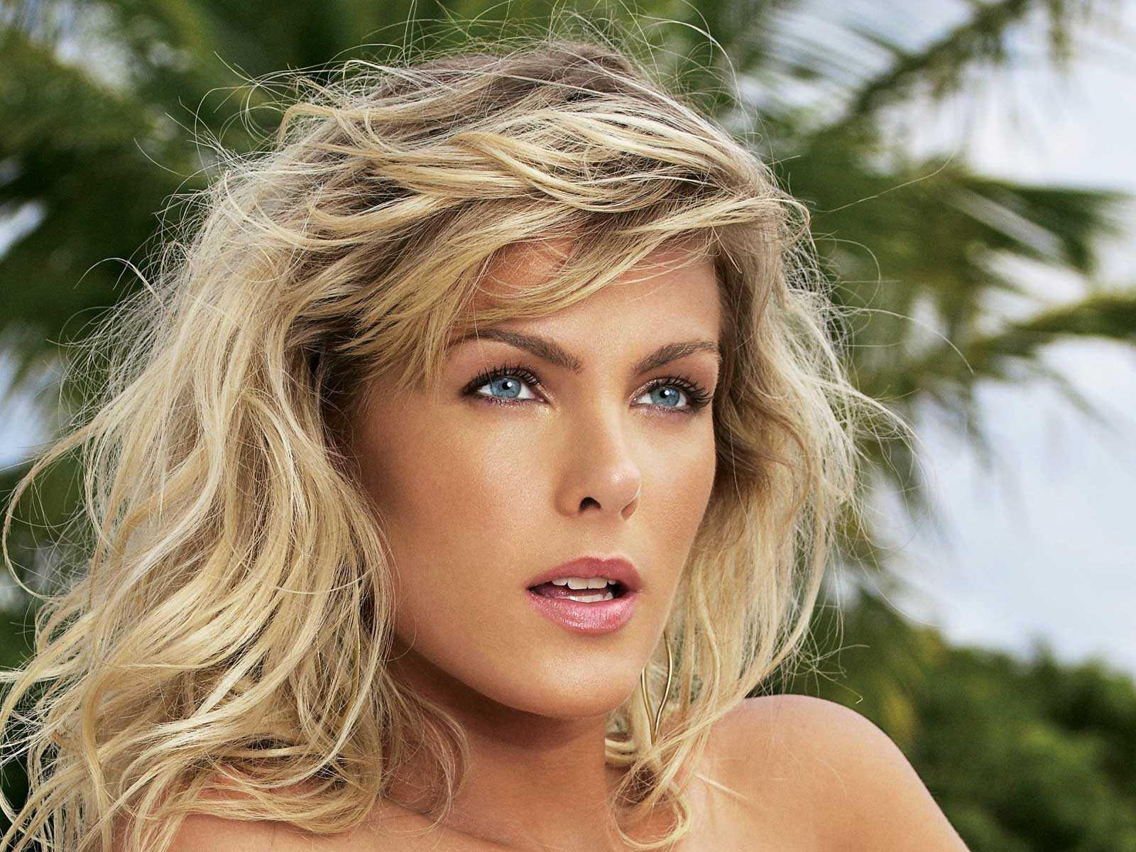 Ana Hickmann - Picture Colection