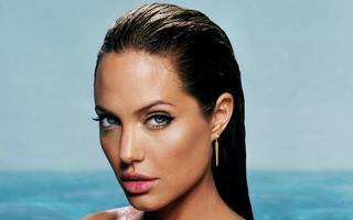 Tapeta: Angelina Jolie