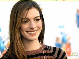 Tapeta: Anne Hathaway