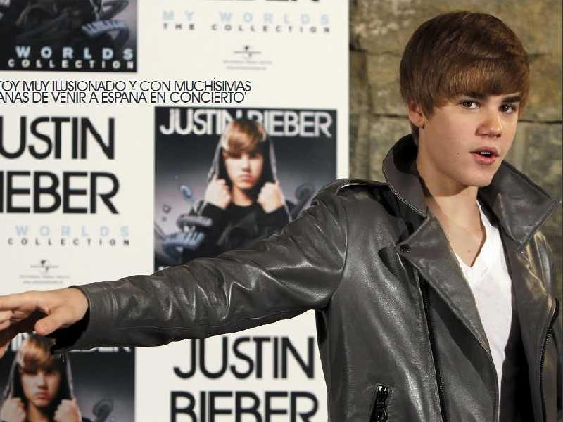 justin bieber wallpapers for desktop 2011. Justin Bieber