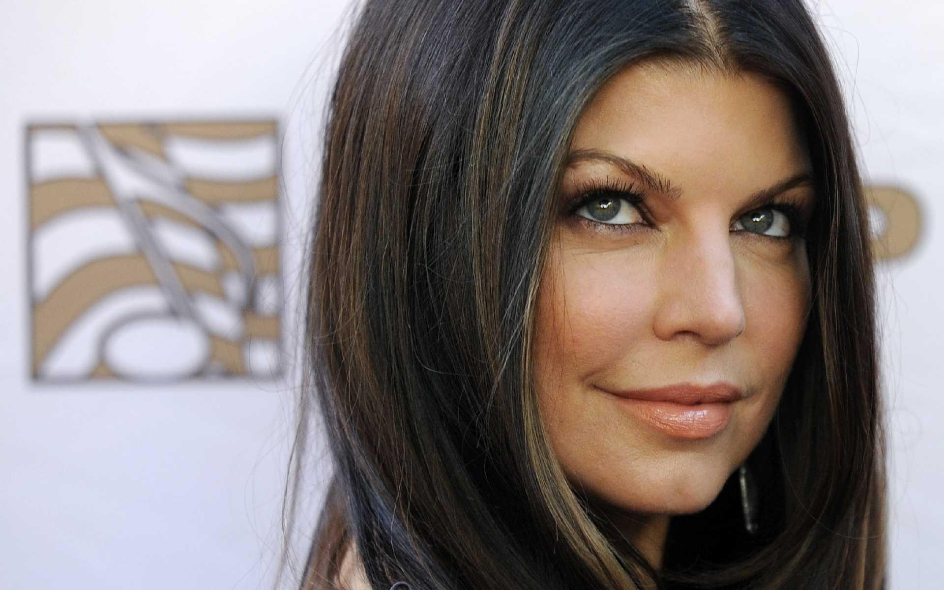 Stacy Ferguson - Fergie - Wallpaper Gallery