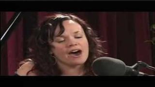 Allison Crowe - River (live)
