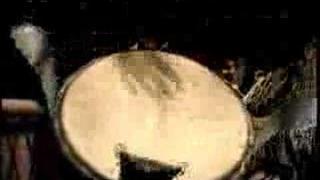 Amazones - women master drummers - video 2