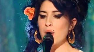 Amy Winehouse - You Know I'm no Good (Live on The Russell Brand Show)