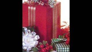 Christmas Movie - Olivia Olson- All I Want For Christmas Is You.