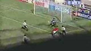 Dennis Bergkamp vs Argies with insane Dutch Commentator