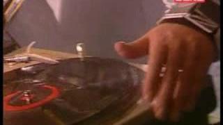 DJs Lucaso a Uwa ve Frisbee