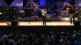 """FOREIGNER """"I Want To Know What Love is"""" (live)"""