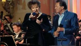Karel Gott & Eva Urbanova - Ráj bláznů (Visions Of Glory)