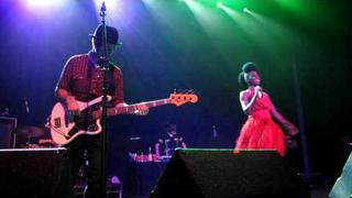 "Morcheeba - ""From Russia With Love / Rome Wasn't Built In A Day"" - Live at The Music Box"