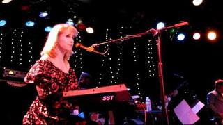 "Nellie McKay - ""The Dog Song / Crazy Rhythm"" - Live at The Roxy"