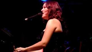 "Paula Cole - ""Amen"" - Live at Pershing Square"